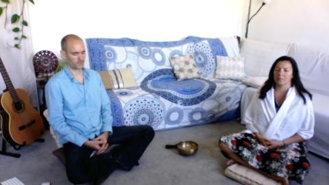 Méditation tous les vendredi à 19h, en groupe et en ligne